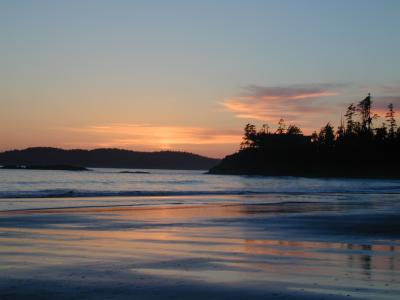 sunset tofino